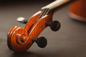 A violin's headstock