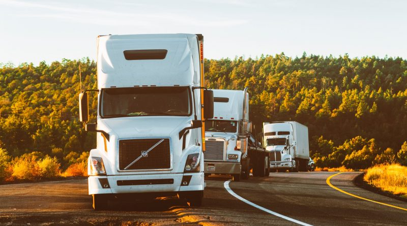 Before hiring van lines, make sure to undestand the service they provide