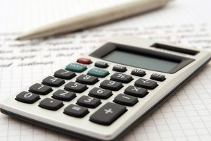 Calculating the costs to start a moving company.