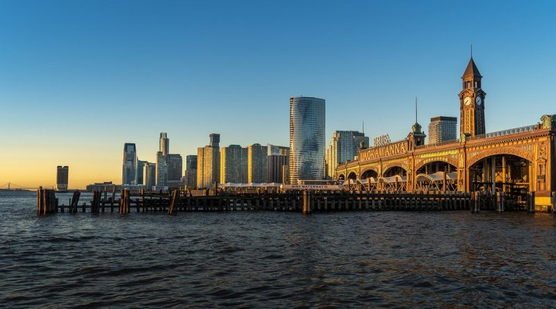 The waterfront view of one of Hoboken's best neighborhoods for young adults.
