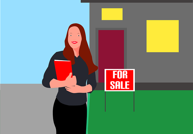 A realtor helping with exploring Florida real estate market trends