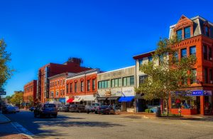 A street in Portsmouth, one of the top New Hampshire cities to start an IT company.